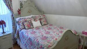 mi-ns-black-widow-bedroom