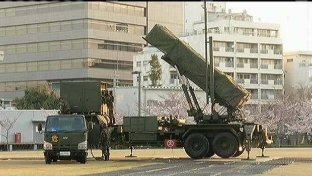 N.Korea tests rocket