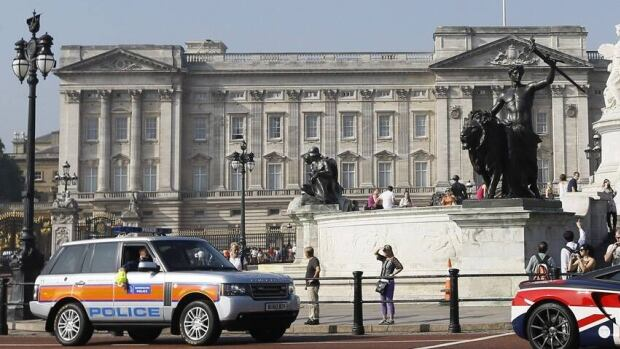 London's Metropolitan Police say they arrested two men earlier this week in a suspected burglary attempt at Buckingham Palace. Unlike a notorious previous incident, the Queen was away at the time.