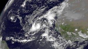 hi-hurricane-humberto-852-r-4col