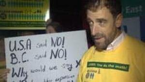 si-nb-castilla-protest-220
