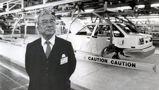 Eiji Toyoda Engineer Who Helped Build Toyota Dies At 100