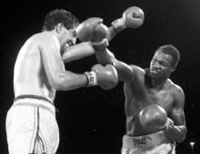 Gerry Cooney and Larry Holmes boxing match 1982