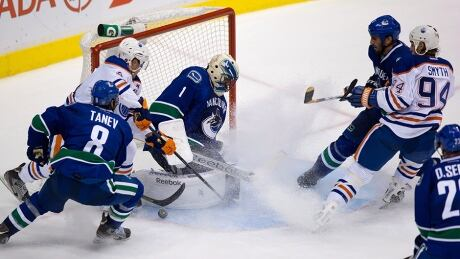 Oilers-Canucks Sept. 18-2013