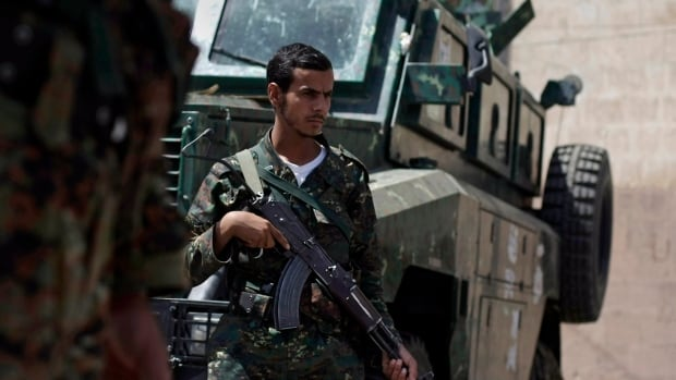 A Yemeni military official said Friday that co-ordinated attacks by al-Qaeda militants in Maysaa and Kamp areas in Shabwa province killed scores of soldiers and wounded dozens.