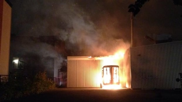 The fire, which broke out in SOS Vélo's storage trailer, spread to the repair shop before firefighters arrived. Damage is estimated at $15,000.