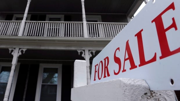 Gurinder Sandhu, executive vice-president at Re/Max Ontario Atlantic, says more Canadians who work in Toronto and Vancouver are buying homes in nearby areas, like Hamilton, where they can get more for their money.