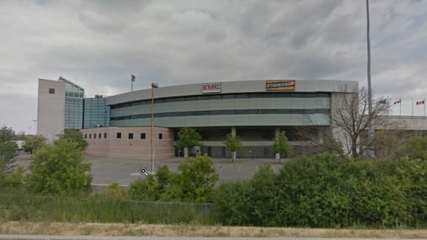 The Ottawa Stadium has hosted a number of baseball teams, including the Ottawa Lynx, the Ottawa Rapidz and the Ottawa Fat Cats.