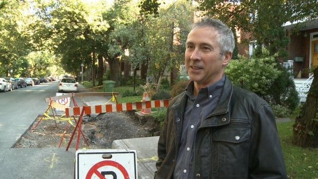 Richard Nantel of Oxford Street in NDG told CBC News about the sidewalk trouble on his street using the CBC Street Politics interactive map.