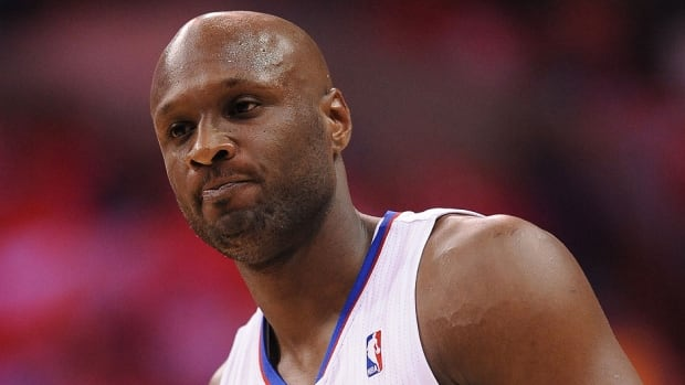 "NBA free agent Lamar Odom, who was arrested and charged with driving under the influence last month, went on a Twitter rant Tuesday night, targetting his ""absent"" dad."