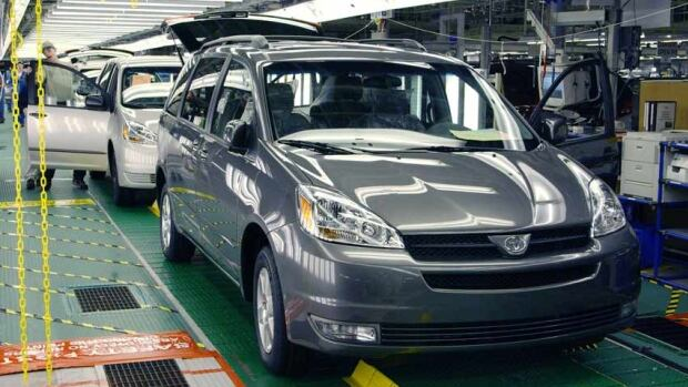 A 2004 Sienna minivan, one of the models that Toyota is recalling because of a problem with the gear shift interlock system that can cause the cars to shift out of the park position and roll away.