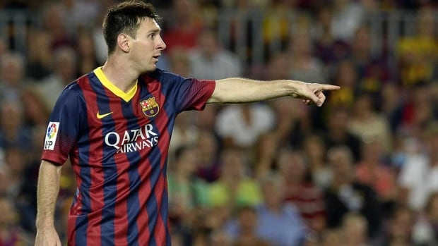 Barcelona forward Lionel Messi will undergo further tests on his right leg on Sunday.
