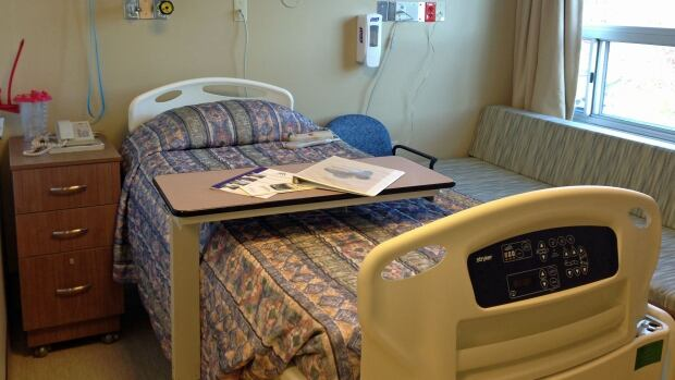 palliative care bed, thunder bay