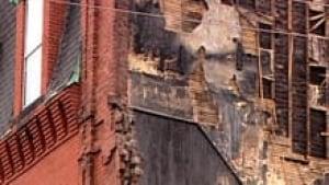 nb-lantern-house-wall-220