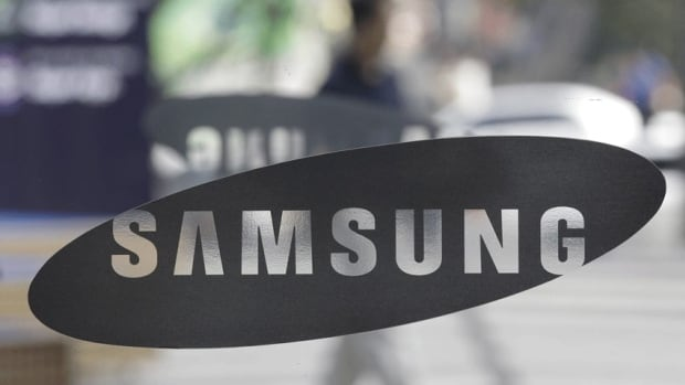 Apple accuses Samsung of infringing on five patents, while Samsung says Apple stole two of its ideas to use on iPhones and iPads. (Associated Press)