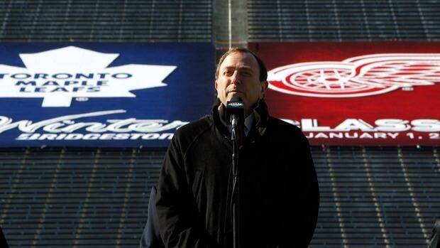The NHL officially cancelled the 2013 Winter Classic, which had been set for New Year's Day at Michigan Stadium in Ann Arbor, Mich., with the Detroit Red Wings playing the Toronto Maple Leafs.