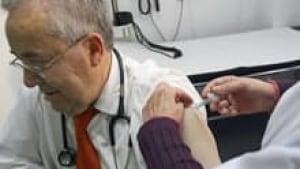 si-flu-vaccine-doctor-220-c