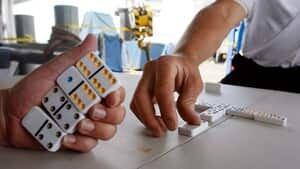 ii-dominoes-toyshalloffame9061049-1