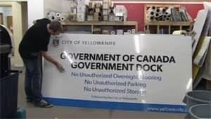 mi-yellowknife-govt-dock