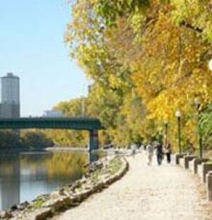 mi-forks-riverwalk