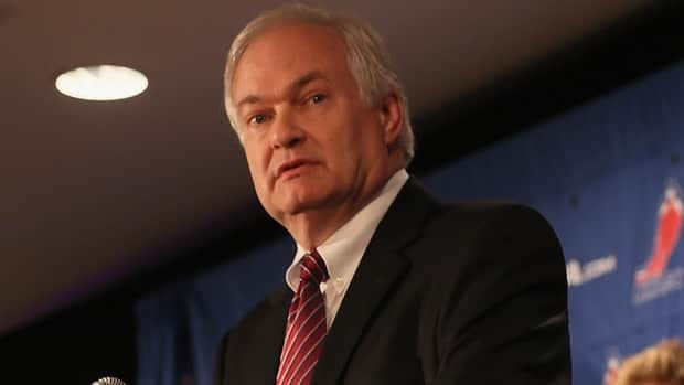 NHLPA executive director Donald Fehr was not too impressed by the NHL's 50-50 revenue offer in a letter to his membership.