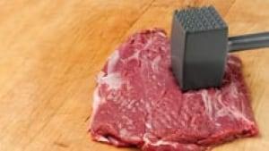 hi-tenderizing-steak-852-3col