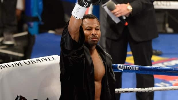 Shane Mosley enters the ring and acknowledges the crowd before taking on Canelo Alvarez in their WBC super welterweight fight at the MGM Grand Garden Arena on May 5, 2012.