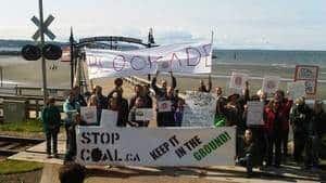 hi-bc-120505-coal-protest-2-4col