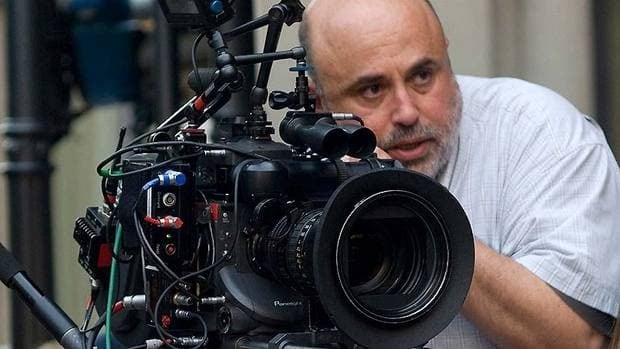 Cinematographer Harris Savides, seen on the set of Sofia Coppola's Somewhere and a collaborator of Gus Van Sant and David Fincher, has died at the age of 55.