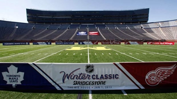 More than 100,000 fans are expected to pack Michigan Stadium for the NHL Winter Classic between the Toronto Maple Leafs and Detroit Red Wings.