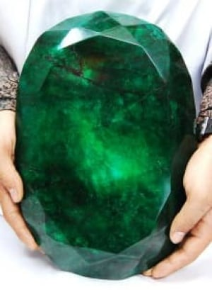 si-bc-120117-words-largest-emerald
