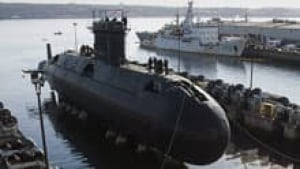 220-cp02484812-submarine