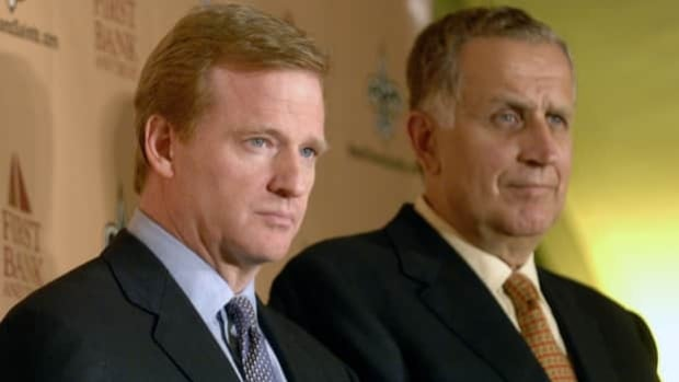NFL commissioner Roger Goodell, left, appointed Paul Tagliabue as Bountygate appeals officer.