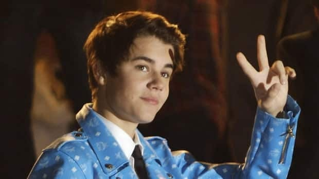 Justin Bieber tweeted what he said was his phone number with one digit missing, in a prank that has upset two Texas residents.