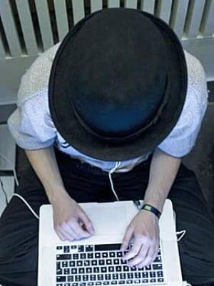 hacker-280-rtxw1i0