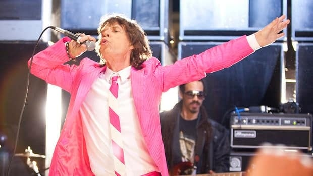 Mick Jagger, seen in June 2011 filming a music video in Los Angeles, will host the May 19 season finale of Saturday Night Live.