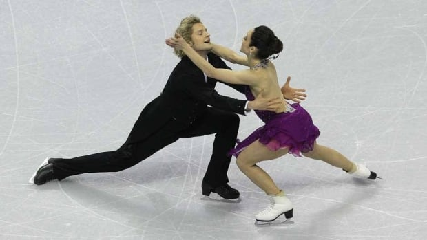 Charlie White and Meryl Davis compete in their free dance in the ice dancing event at the U.S. Figure Skating Championships in San Jose, Calif., on Saturday.