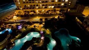 mexico-resort-night