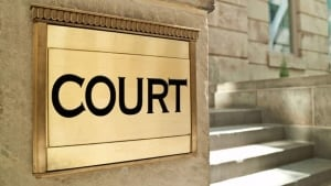 hi-istock-court-852