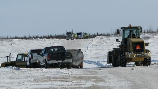 Fort Severn First Nation community members stopped trucks carrying hazardous material from an old radar site near Peawanuk this week. They were worried loads hadn't been checked to ensure they were safely contained before passing through the commmunity.