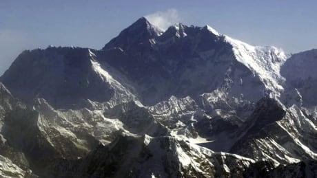Everest Panorama Gigapixel Everest Gigapixel Image Zooms