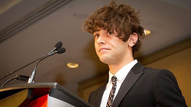 An emotional Xavier Dolan accepts TIFF 2012's best Canadian feature film prize with a speech that included a heartfelt tribute to his producer, Lyse Lafontaine.