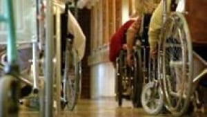 si-nb-seniors-wheelchairs-220
