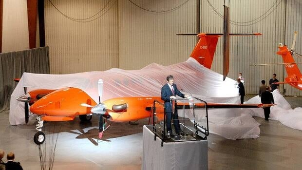 Orange's then-CEO, Dr. Chris Mazza, unveils a new airplane in 2006. The McGuinty government announced Wednesday it's replacing Mazza with a deputy minister on an interim basis.