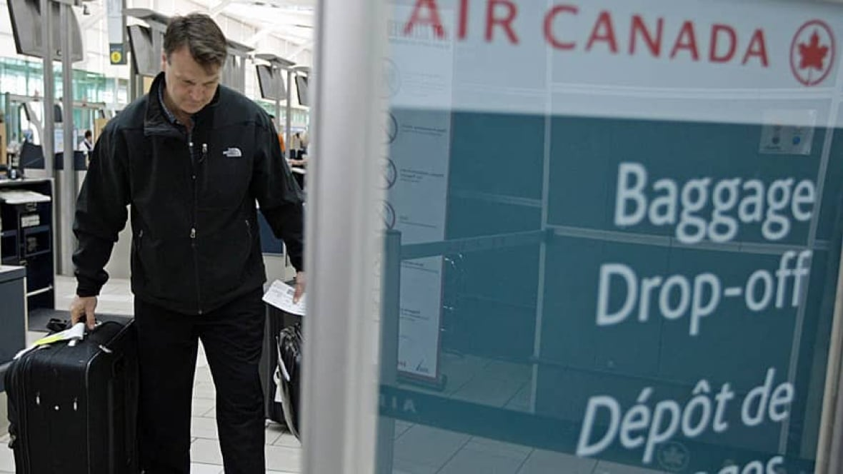 Air Canada Upping Baggage Fees - Windsor - CBC News