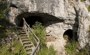 si-denisovan-cave