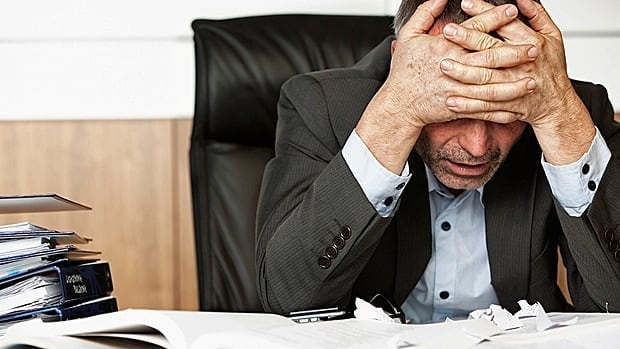 Worrying about financial problems can cause insomnia and stress, but there are many ways to try to cope and overcome the difficulties.