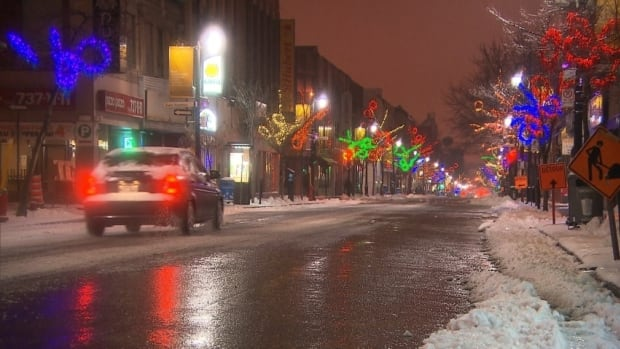 Montreal drivers encountered snow and freezing rain on Monday.