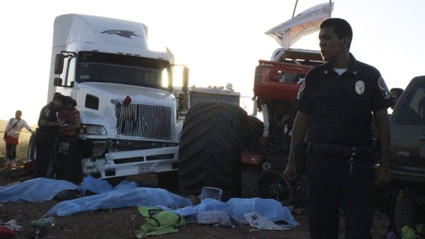 The accident occurred during a monster truck rally show at El Rejon park, on the outskirts of Chihuahua.