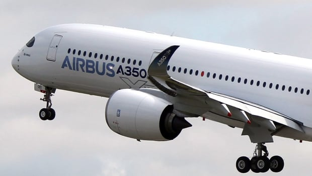 Japan Airlines has agreed to purchase 31 A350 jets from Airbus in a $9.5 billion US deal that represents a big setback for the rival aircraft manufacturer Boeing, which has traditionally been the national airline's supplier.